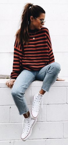 stripped sweater + cute fall outfits + jeans + converse l Casual Street Style Fashion Basic Outfits, Casual Winter Outfits, Casual Fall Outfits, Mode Outfits, Fashion Outfits, Travel Outfits, Dress Casual, Fall Outfit Ideas, Tumblr Fall Outfits