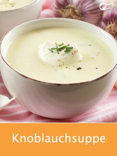 A garlic soup always tastes good and is easy to prepare. # garlic soup # soup # recipe # garlic # boil A garlic soup always tastes good and is easy to prepare.de gutekuechede Suppenrezepte A garlic soup always tastes good and is Meat Recipes, Slow Cooker Recipes, Chicken Recipes, Healthy Recipes, Oven Vegetables, Cooking Whole Chicken, Garlic Soup, Creamy Pasta, Vegan Appetizers