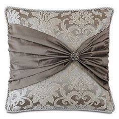 Creative And Inexpensive Tricks: Large Decorative Pillows Area Rugs decorative pillows beach guest rooms.Decorative Pillows Ideas Tutorials decorative pillows on bed how to make.Decorative Pillows On Sofa Benches. Bow Pillows, Custom Pillows, Throw Pillow, Sewing Pillows Decorative, Custom Bedding, Cushion Cover Designs, Cushion Covers, Diy Pillow Covers, Duvet Covers