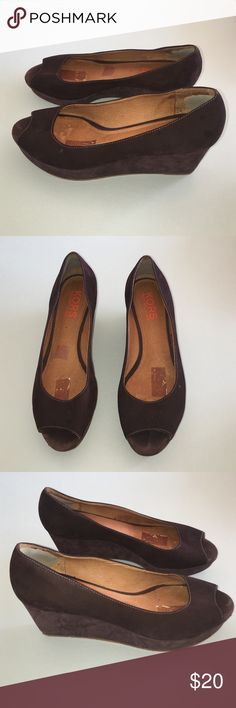 Kors Michael Kors brown suede wedges sz 9 Kors Michael Kors brown suede wedges sz 9. Good condition has some marks in the insoles and suede has marks/scuffs  final price listed KORS Michael Kors Shoes Wedges