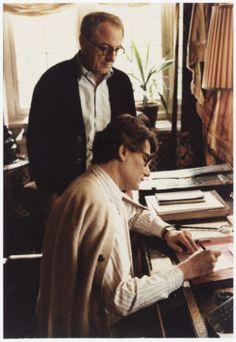 Pierre Bergé et Yves Saint Laurent dans la bibliothèque du «Château Gabriel», Bénerville-sur-Mer. Photographie de François-Marie Banier., © François-Marie Banier