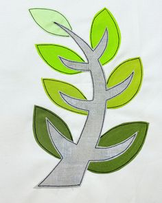 The Regenerate Quilt Block is part of a great charity effort to help those in need in Australia. Click here to learn more. Tree Quilt Pattern, Quilt Block Patterns, Applique Patterns, Pattern Blocks, Quilt Blocks, Quilting Projects, Quilting Designs, Sewing Projects, Quilting Ideas
