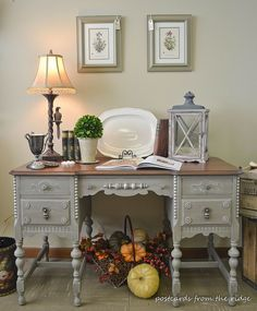 Painted+Antique+Desk+With+Lots+of+Carved+Details
