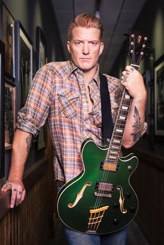 Guitarist of the Week [15th August 2016 - 21st August 2016] Josh Homme - Queens of the Stone Age, Them Crooked Vultures, Kyuss, Eagles of Death Metal