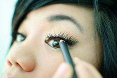 7 Tips on How to Apply Eye Makeup on Fair Skin - for pale people like myself