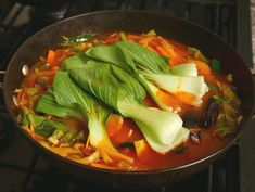 Jjamppong (Spicy mixed-up seafood noodle soup) Mixed Seafood Recipe, Seafood Recipes, Soup Recipes, Maangchi Recipes, Pork Noodles, Asian Recipes, Ethnic Recipes, Asian Cooking, Stuffed Hot Peppers