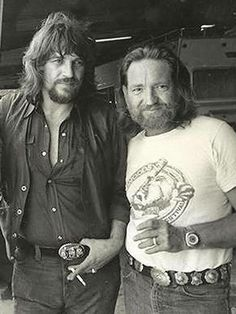 Waylon Jennings and Willie Nelson. The legends and fathers of country music Country Music Stars, Old Country Music, Outlaw Country, Big Country, Country Musicians, Country Music Artists, Country Singers, Johnny Cash, Willie Nelson