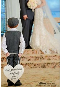 Awe! Why does this already make me ready eyed? Cute idea for the ring bearer or nephew