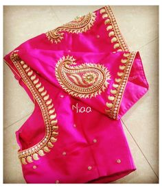 Cutwork Blouse Designs, Wedding Saree Blouse Designs, Simple Blouse Designs, Stylish Blouse Design, Pink Blouse Design, Traditional Blouse Designs, Traditional Sarees, Mirror Work Blouse Design, Mango