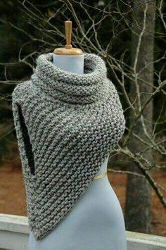Free Knitting Pattern for Cable Braid Edged Shawl in Bulky Multicolor Yarn croc .Free Knitting Pattern for Cable Braid Edged Shawl in Bulky Multicolor Yarn croc . Crochet Cowl Free Pattern, Crochet Shawl, Knit Patterns, Crochet Stitches, Knit Crochet, Knit Cowl, Crochet Granny, Free Cowl Knitting Patterns, Easy Crochet