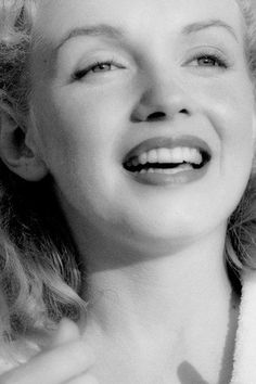 I just want to be wonderful Marilyn Monroe Brunette, Marilyn Monroe And Audrey Hepburn, Young Marilyn Monroe, Norma Jean Marilyn Monroe, Marilyn Monroe Photos, Alan Young, Gentlemen Prefer Blondes, Rose Gold Hair, Norma Jeane