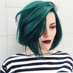 30 Teal Hair Dye Shades and Looks with Tips for Going Teal – Part 24 - All For Hair Color Trending Teal Hair Dye, Hair Dye Shades, Dye My Hair, Blue Hair, Dark Teal Hair, Teal Hair Color, Pravana Hair Color, Bob Hair Color, Lilac Hair