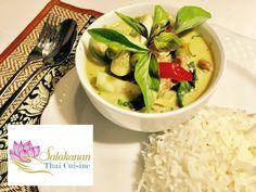 Keep calm and eat THAI 😋🎉 Green Thai Curry with Rice >> >> Enjoy eating 😘 With ❤️ Thai Restaurant, Eat Thai, Green Thai, Thai Recipes, Menu, Food, Wordpress, Rice, Calm