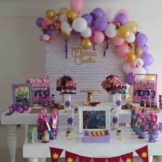 Mastering Princess Birthday Party Ideas for Busy Moms Rapunzel Birthday Cake, Tangled Birthday Party, Disney Princess Birthday Party, 5th Birthday Party Ideas, Birthday Party Tables, Birthday Party Decorations, 4th Birthday, Aaliyah Birthday, Festa Party