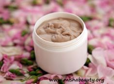 Misha Beauty - DIY kosmetika a jiné projekty : Pleťový krém pro pozvolné tónování Natural Cosmetics, Peanut Butter, Homemade, Diy, Beauty, Food, Fitness, Bricolage, Eten