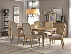 Wellington Hall Rectangle Dining Room Set | Hekman | Home Gallery Stores