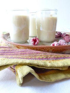Et si on faisait son yaourt au lait de soja maison? Que l'on possède une yaourtière ou non, c'est un jeu d'enfant, avec des ferments spéciaux...