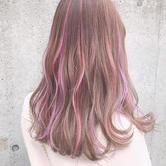 This base colour Hair Color Streaks, Hair Dye Colors, Dye My Hair, New Hair, Green Hair, Pink Hair, Hair Color Underneath, Korean Hair Color, Pretty Hair Color