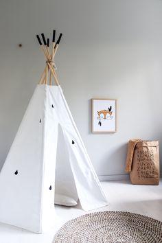Omituiset otukset Toddler Bed, Furniture, Home Decor, Child Bed, Decoration Home, Room Decor, Home Furnishings, Home Interior Design, Home Decoration