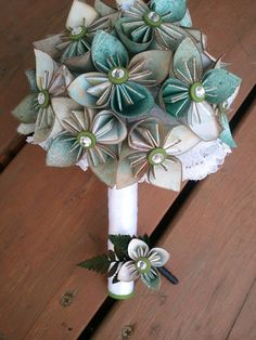 LOVE these Origami Wedding Bouquets from Jessica Morehead's Etsy site My Beloved Adoria
