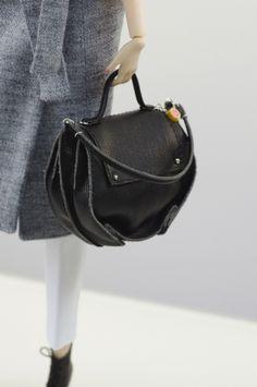 prepare for (FR2 body) set inc.: wool coat, top, pants, bag, boots.