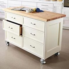 Rolling Kitchen Island Woodworking Plan from WOOD Magazine Portable Kitchen Island, Rolling Kitchen Island, Kitchen Island On Wheels, Kitchen Island Cart, Kitchen Islands, Mobile Kitchen Island, Island Bench, Cabinet Furniture, Furniture Plans
