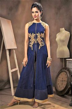 A subliminal personification of traditional artistry makes this blue designer anarkali suit a wondrous creation of enchanting elegance. Buy Anarkali Suit online - http://www.aishwaryadesignstudio.com/mesmeric-designed-blue-anarkali-styled-suit
