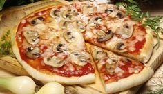 Основно тесто за пици - Рецепта. Как да приготвим Основно тесто за пици. Разтворете маята в топлата вода със...