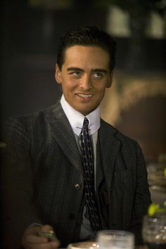Boardwalk Empire (TV show) Vincent Piazza as Lucky Luciano Lucky Luciano Boardwalk Empire, Boardwalk Empire Season 1, Gangster Suit, Mafia Gangster, Gangster Style, Vincent Piazza, Terence Winter, Dabney Coleman, 1920s Men