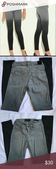 Guess Ombré Power Skinny Denim Ombré is Grey to Black 🌒 Nice Stretchy Fabric Guess Jeans Skinny