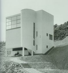 Hungarian villa designed in 1933 by József Fischer    photograph by Olga Mate