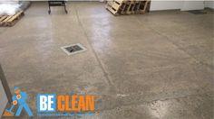 Полированный бетон не смотря на время и постоянные нагрузки сохранился хорошо