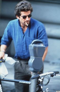 John F. Kennedy Jr. Was So Dreamy, He Made Questionable Trends Look Cool