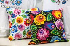 http://folkstar.pl/photos/products/3193/czarna-poduszka-folk-wzor-ludowy-duze-kwiaty-5511.jpg