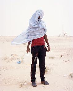 Samuel Gratacap - Empire series - Libyan refugees in sub sahara, Tunisia Zebra Art, Photo Pin, West Africa, Portrait Photo, Paris, Photojournalism, Photographic Prints, Belle Photo, Empire