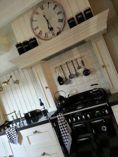 Brotherwood kitchen...    https://m.facebook.com/brotherwood.eu?refsrc=https%3A%2F%2Fnl-nl.facebook.com%2Fbrotherwood.eu