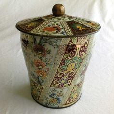 Vintage Daher Tin Floral Lidded Cannister by CoolOldStuffIFound, $15.00