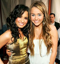 Demi Lovato and Miley Cyrus at Nickelodeon's 2009 Kids' Choice Awards in March 2009.