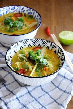 Tom Kha Hed   Thailändische Ingwer - Kokossuppe mit Pilzen