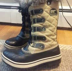 NWOT Sorel Joan of Arctic Winter/Snow boots 7 NWOT Sorel waterproof snow boots. Never used, got another pair shortly after so these are in mint condition SOREL Shoes