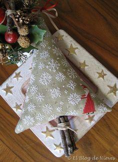Christmas Tree de Prairie School. Punto de Cruz / Cross Stitch