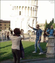 Pisa-tower-judo-photobomb