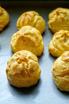 Soes Vla Durian - Bali Food Blogger: Resep dan Review by Sashy Little Kitchen Little Kitchen, Bali, Muffin, Snacks, Breakfast, Food, Kitchen Small, Meal, Eten