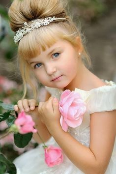 - The social network for meeting new people Cute Little Baby Girl, Stylish Little Girls, Cute Young Girl, Precious Children, Beautiful Children, Beautiful Babies, Frocks For Girls, Little Girl Dresses, Flower Girl Dresses