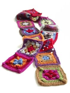 Granny Squares Scarf Pattern (Crochet)