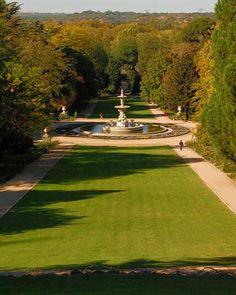 Fuente de los Tritones en los jardines del Campo del Moro, Madrid