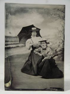 TINTYPE-c1890-Mother-Daughter-Victorian-fashion-clothes-Fake-Beach-Ocean-Waves