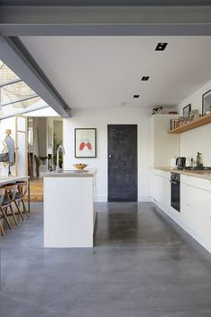 This London location house is lovely family home with a kitchen extension. Spacious rooms with good light for photo shoots, TV and Film House Roof Design, House Extension Design, Apartment Interior, Kitchen Interior, Kitchen Conversion, Patio Deck Designs, Victorian Living Room, House Extensions, Kitchen Extensions