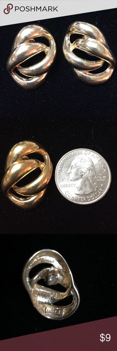 Napier earrings Vintage Napier earrings, gold tone Napier Jewelry Earrings