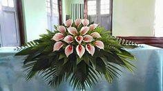 Funeral Floral Arrangements, Tropical Flower Arrangements, Modern Floral Arrangements, Church Flower Arrangements, Altar Flowers, Church Flowers, Funeral Flowers, Wedding Flowers, Deco Floral